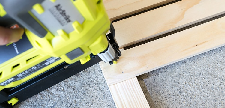 Best Brad Nailer: Top 7 Reviews