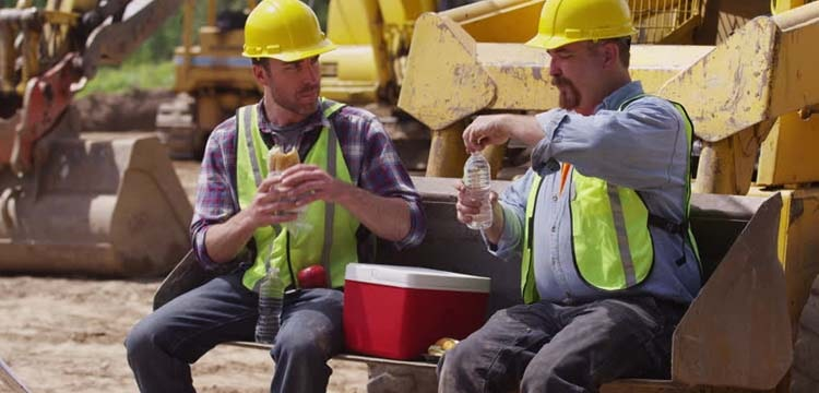 Best Lunch Coolers For Construction Workers